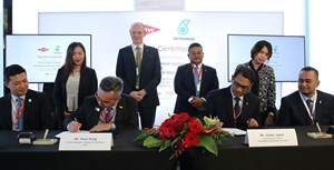 Signing on behalf of PETRONAS Chemicals Glycols Sdn Bhd was its Chief Executive Officer, Encik Zamri Japar and witnessed by PETRONAS Chemicals Group Berhad's Managing Director/CEO, Datuk Sazali Hamzah. Meanwhile, Dow was represented by Country Manager, Dow Singapore & Malaysia, Mr Paul Fong and witnessed by President, Dow Asia Pacific, Mr Jon Penrice